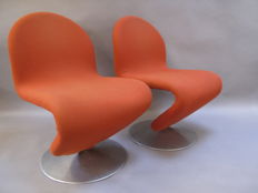 Verner Panton for Fritz Hansen - Two 123-chairs