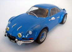 Ixo Models - Scale 1/18 - Renault Alpine A110 1973 - Blue