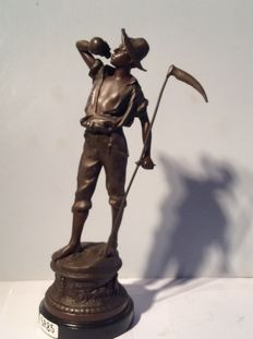 Drinking young farmer with scythe – metal art Deco statue-