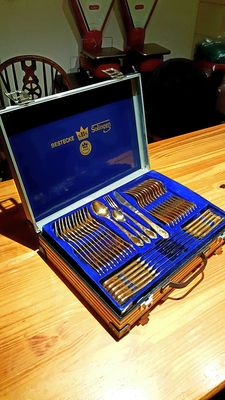 SBS Solingen - 70-piece complete cutlery set in cutlery case - 24 karat gold