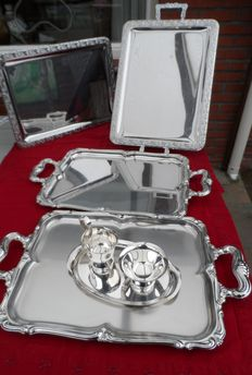 2 x Alessi stainless steel 18/10 trays with handles + 2 x silver plated serving trays with handles + stainless steel silver-white SOLA milk jug + sugar bowl + tray