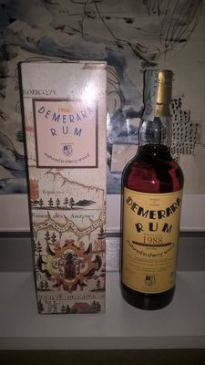 Rum Demerara  - distillery by Enmore Imported by Moon Import - 1988 - 20 years old
