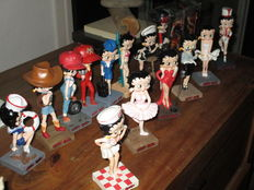 Betty Boop - King Features Syndicate - collection of 16x statuettes of Betty Boop - around 13cm tall