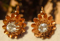 Pair of old 19th century earrings in 18kt yellow gold.
