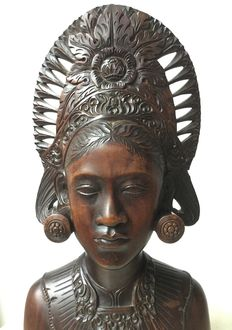 Wooden bust woman - Bali - Indonesia