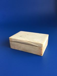 antique ivory Scholars box - China - approx. 1900.