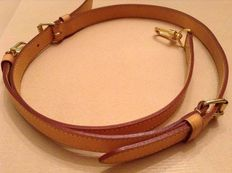 Louis Vuitton – Lot of 3 leather straps