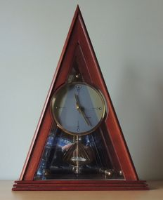 Pyramid clock 'Royale' - 1970s