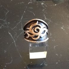 Silver ring, design Wim Peters.