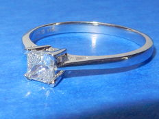 "White gold solitaire ring with diamond 0.33 ct ""no reserve"""