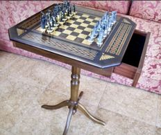 Chess table of the conquest of Granada Limited series.