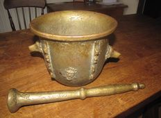 Rare bronze ribbed mortar and pestle-France-ca. 1900, possibly earlier