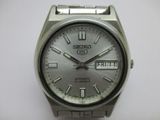 SEIKO 5 AUTOMATIC – MEN'S – 1970/1980s.