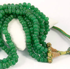 3 Wires handmade carved Emerald necklace beads