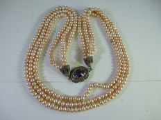 Cultured pearl necklace, 1940s