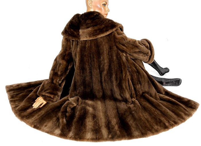 Unusual lamb fur fur coat swinger shorn lamb fur luxury vintage