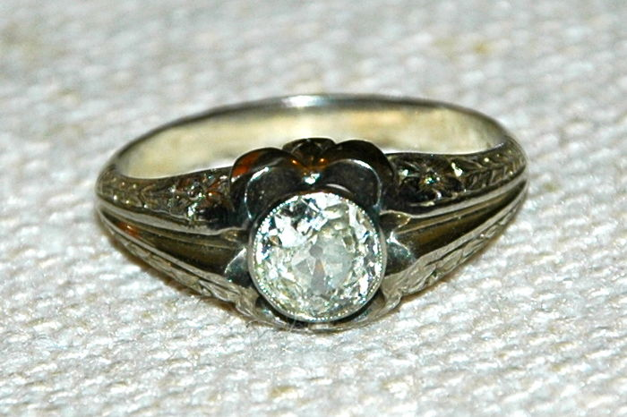 Men's ring with a diamond - Late 1800s - Antique cut diamond certified minimum 1.00 - 1.20 ct