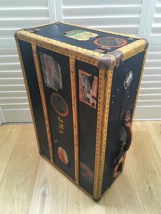 Authentic trunk with key, Netherlands, 1930