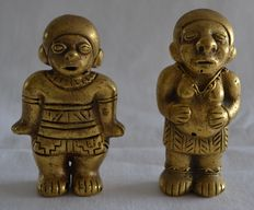 Pre Colombian  Couple - Woman awaiting a baby - Tumbaga Gold - Each 100 mm high