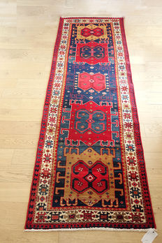 HAND-KNOTTED  PERSIAN Karadagh runner c. 1950 312 x 107cm EXCELLENT CONDITION