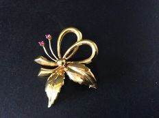 Leaves brooch with two small rubies – 1950, Italy