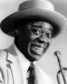 Huge collection of Louis Armstrong vinyl records: 12 albums ( 18 LPs) incl. some rare ones