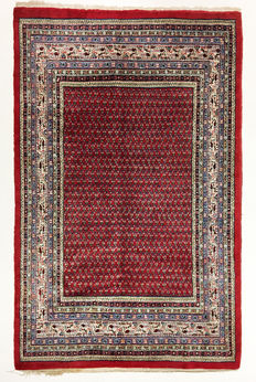 Persian rug, Sarough-mir, 277 x 174 cm