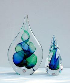 Ozzaro – large and small crystal 'drop'