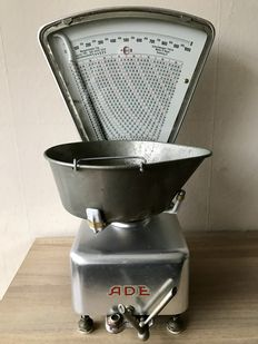 Antique Ade scale-Netherlands-1962