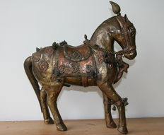 Finely made statue of a horse, early 20th century