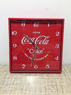 Set 4-Limited bottles of Coca Cola '2012 with CC strong bottles transporter+gratis CC a wall clock&2xCC Truck