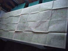 """German Empire; 2 x old original maps 110 x 82cm """"Ravensteins War Map no. 7 Polish North Half"""" and """"Ravensteins War Map no. 8 Polish South Half"""" with marked fortresses and forts from 1915 1st world war"""