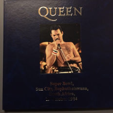 Very Rare: Queen collector's item  | Deluxe leather gatefold | Coloured, numbered, limited