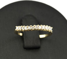 Yellow gold, 18 kt/750 - Cocktail ring - Diamond, 0.40 ct - Inner diameter: 16.00 mm