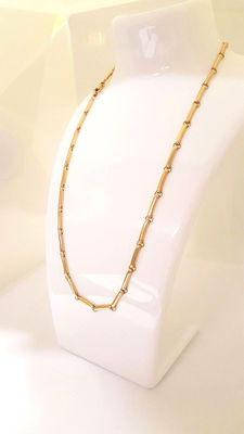 18 kt gold chain with long links