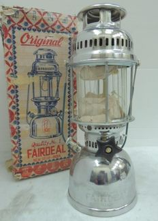 Military oil campaign lamp