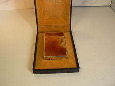 Dupont lighter line 2, Chinese amber lacquer