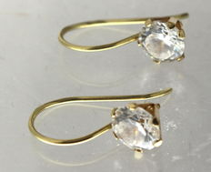 Gold earrings, 14 kt, inlaid with zirconia