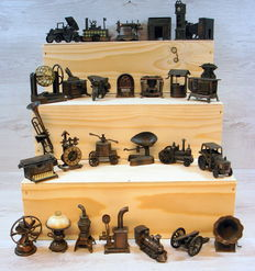 Play Me metal Pencil Sharpener collection 27 assorted items