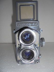 Yashica model 44 the grey version.