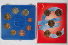 Monaco - Series of euro coins, 1 cent to 2 euro, 2001 and 10 up to 2 Euro 2002
