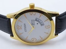 Men's Wristwatch - Citizen with day and month date function - Water resistant