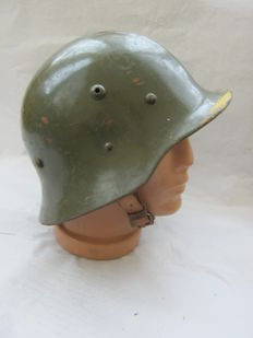 Original bulgarian helmet M 36 WW2