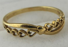 14k gold ring with hearts