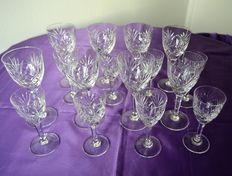 St. Louis - 16 wine glasses in cut crystal - model Chantilly, France, second half 20th century