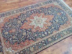 Very dense woven Persian carpet Keshan 2.40 m x 1.40 m
