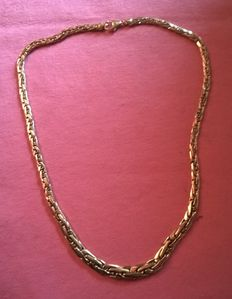 Necklace in 18 kt yellow gold, snake links, 19.70 g.