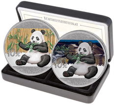 China - 2 x 10 Yuan day & night set 2017 - color / coloredition with box & certificate - Edition only 500 pieces