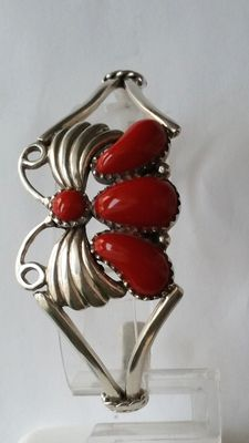 925 Silver bracelet with coral