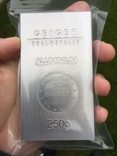 Germany - 250 grams 999 0.5 kg - aluminium bar - Güldengossa castle design
